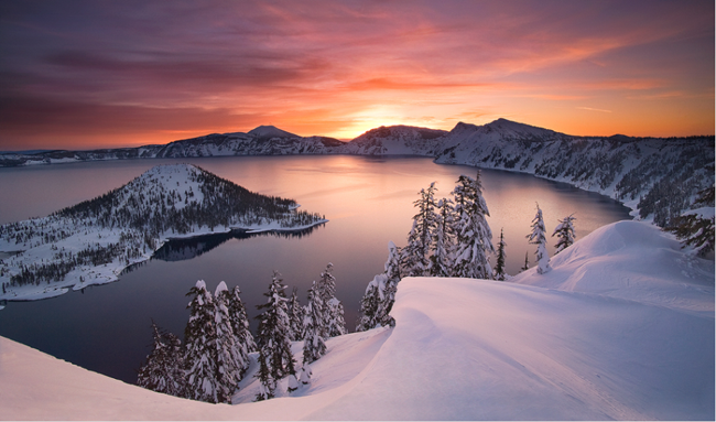 Crater Lake wonderland wallpaper